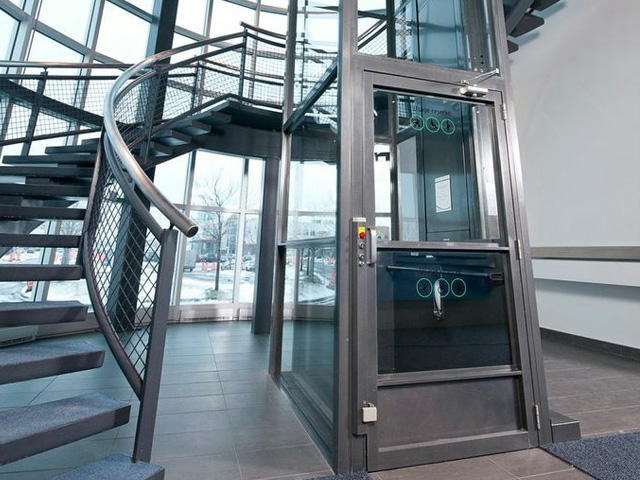 Hydraulic Wheelchair Lift : Wheelchair lifts central ny platform for